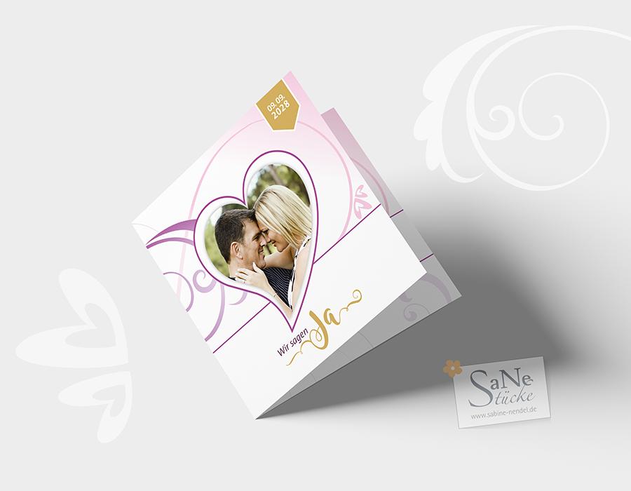 SaNe_Stuecke_Einladungskarte_Hochzeit_Swirl_Herzen_ws_zugeklappt